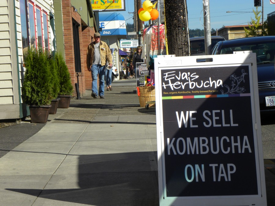 Of course you'd have kombucha. On tap. (We are so behind the times here in Austin!)