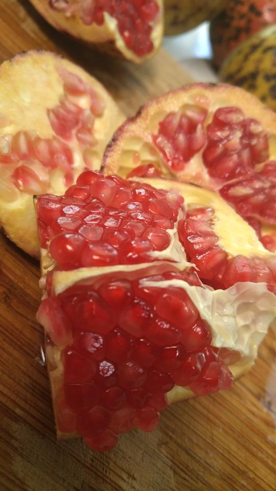 pomegranate-black-spot