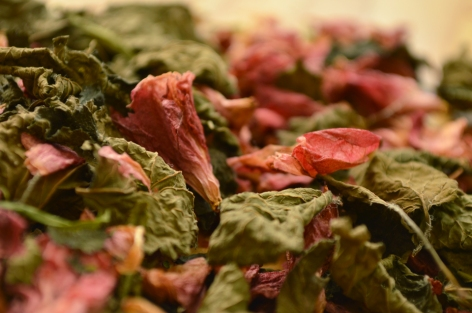 turks-cap-tea-leaves