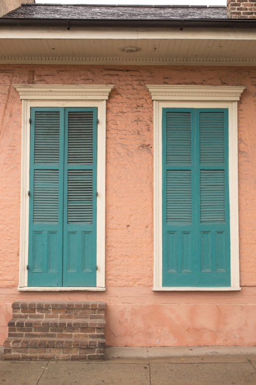 peach-house-teal-shutter-web