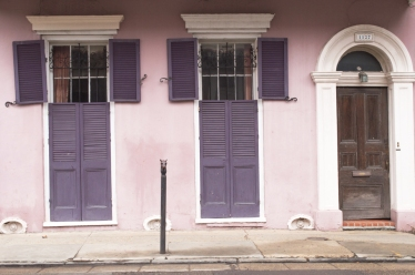 pink-house-purple-shutters-web